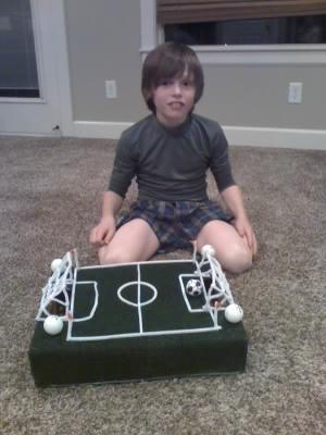 erics e blog hunters soccer valentine box - Soccer Valentine Box