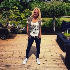 Believe in today☀️ #quoteoftheday #shirt #tuin #vakantie #familie #zon #vrijedag #genieten #strikapose