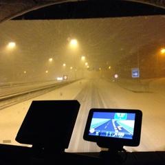 Onderweg naar #ICNNDrachten! Aankomst wel wat later dan gepland .. #sneeuw
