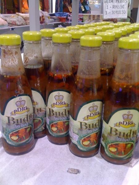 budu istimewa kelate tiga botol RM 10.50 di Tesco kota bharu... sapa nak order?