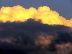 Prachtige wolken Zaterdag avond laat. #buienradar