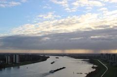 vergezicht Oude Maas naar het Zuidoosten. #buienradar