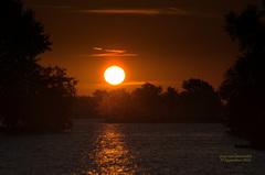 De Zonsopkomst van Zondag 25 September,close gefotografeerd in de Gouds/Reeuwijkse regio! #buienradar