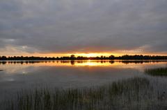 op het nippertje enkele opklaringen voor een mooie zonsondergang op zaterdag #buienradar