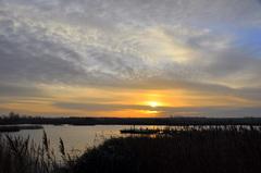 vrij snel begint de bewolking al toe te nemen op zondagochtend boven zuidoost Brabant #buienradar