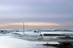 vroeg in de ochtend met mist op het land #buienradar