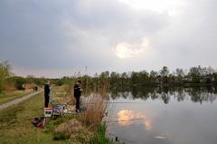 donkere wolken pakten zich samen op vrijdagavond boven zuidoost Brabant  #buienradar