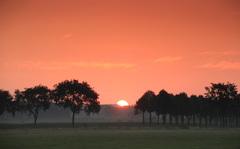 zonnige frisse heldere zonsopkomst 26 juli #buienradar