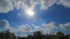 zon en stapelwolken om 11.30 uur  #buienradar