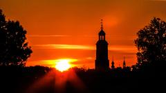 Licht bewolkte rode zonsopkomst om 6.05 uur #buienradar