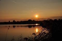 zonsondergang op zaterdag boven zuidoost Brabant #buienradar