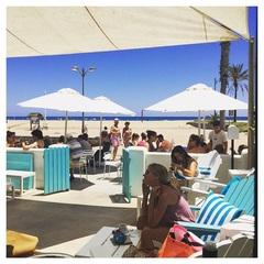 Top tent! #lamasbonita #Valencia #strand #zon #alles #rust #sannyzoektgelukopreis