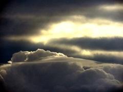Mooie wolkenpartij op 29-8-9.45 maar de zon begint te komen. #buienradar