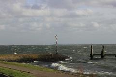 vandaag wordt het een stormachtige dag met veel wind en regen... #buienradar