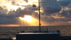 Net na zonsopkomst boven vlieland Vanaf MV Panda #buienradar