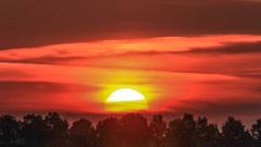 Licht bewolkte zonsopkomst om 6.05 uur #buienradar