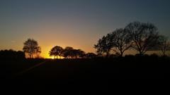 Zonsondergang Eersel (ZO-Brabant) vandaag om 16.30 uur. Foto: Jac Hakkens Eersel #buienradar