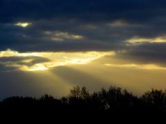 De  zon  laat  zijn  eerste stralen  zien op 1 April #buienradar
