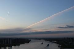 6.45 uur zondag, dreigende wolken en rust op de Rivier! #buienradar