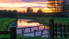 windstille zonsopkomst om 8.10 uur in het rivierengebied #buienradar