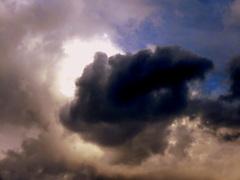 Is dit het laatste wolkje voor de zon vandaag? #buienradar