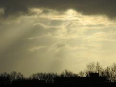 De  zon  stuurt  zijn  stralen  op 1 April. #buienradar