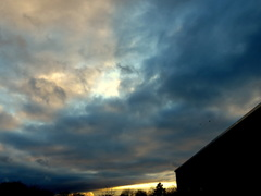 Kleurrijke  avondlucht op 26-03 #buienradar